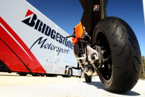 bridgestone_bt016_21