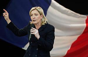 Marine Le Pen invita i paesi europei a unire le loro forze contro l'euro.