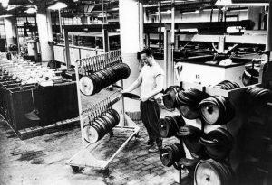 how_vinyl_records_were_produced_640_07
