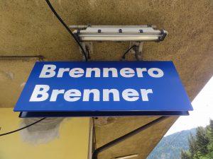Brennero_-_Brenner_(Schild)