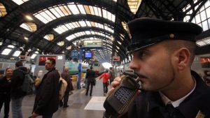 Milano poliziotti arrestati