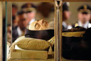 Da-San-Giovanni-Rotondo-a-Roma-il-corpo-di-San-Pio-esposto-in-Vaticano-dall-8-al-14-febbraio-20162