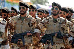 the_iranian_military_640