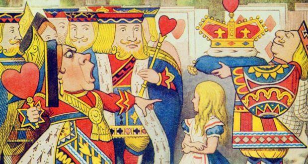 Alice in Wonderland-hearts