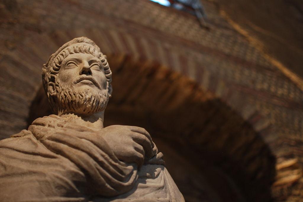 Risultati immagini per imperatore Giuliano