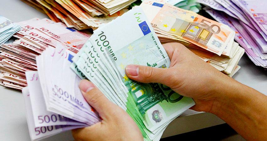 banche-fisco-burocrazia-la-triade-degli-scandali