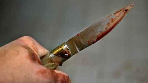 coltello-insanguinato