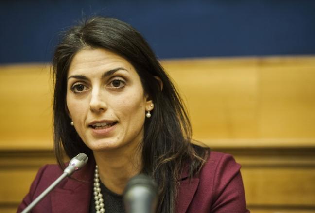 nomine Roma 5 Stelle Raggi dimissioni