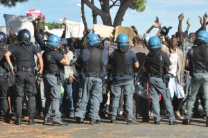 polizia ventimiglia no borders