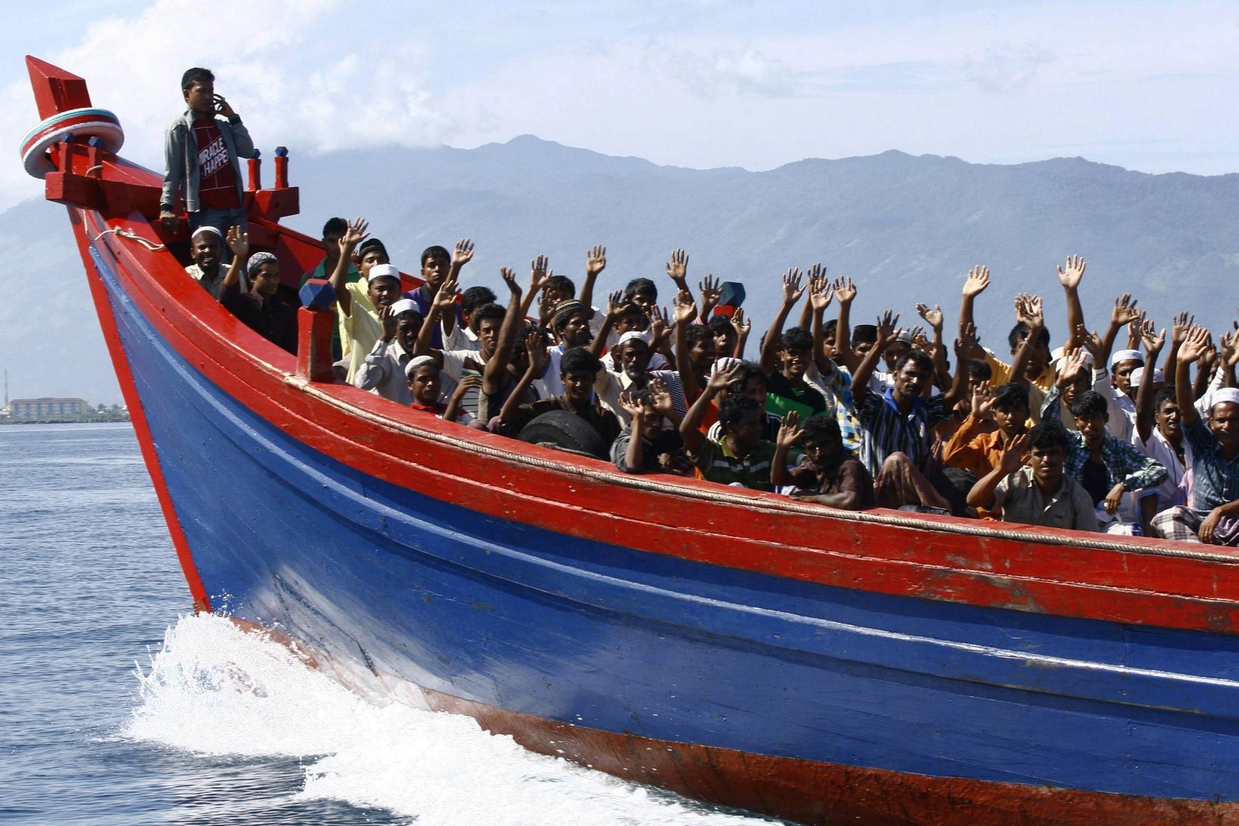 immigrati 2300 in Sicilia