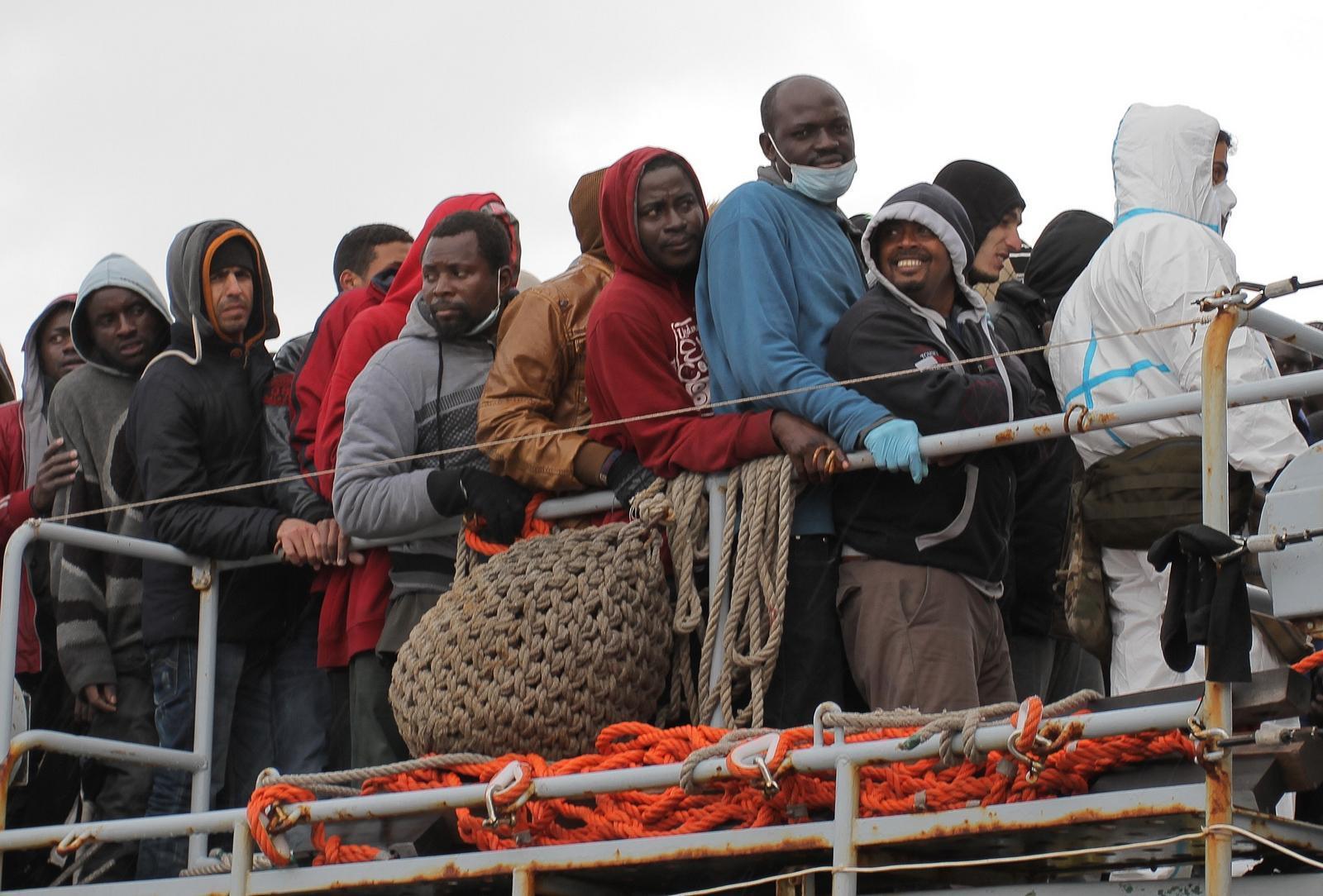 falsità sui migranti