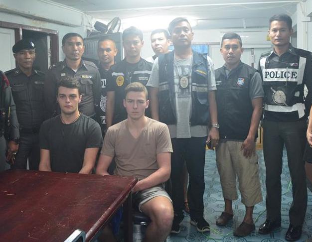 italiani arrestati Thailandia