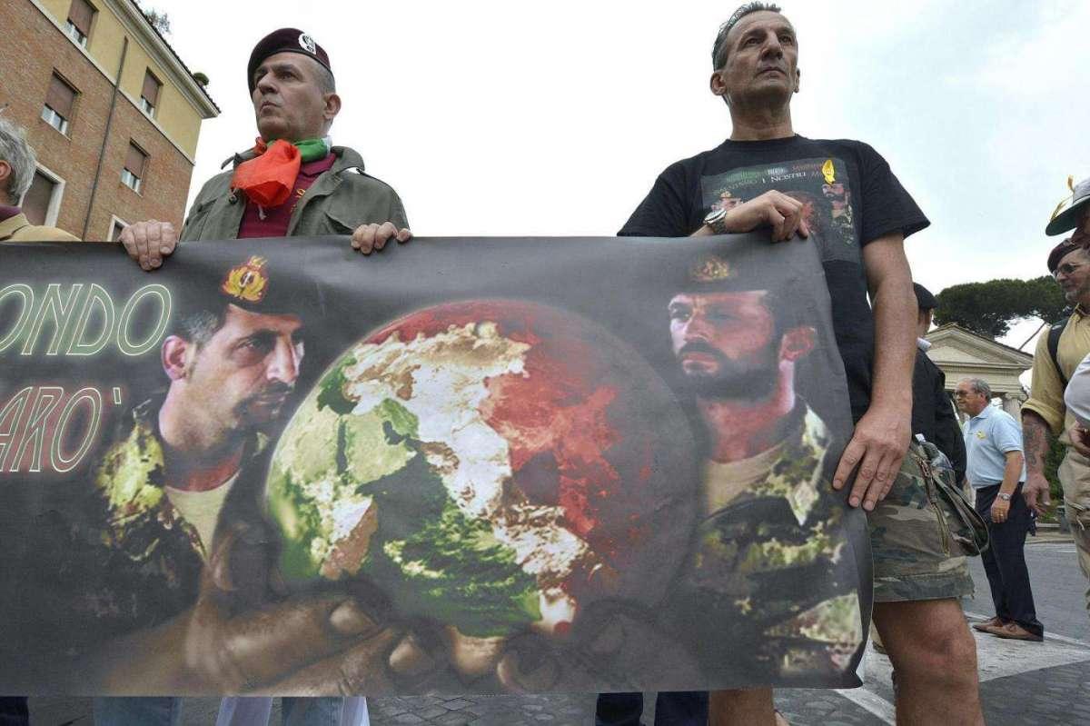 sostenitori pro Marò