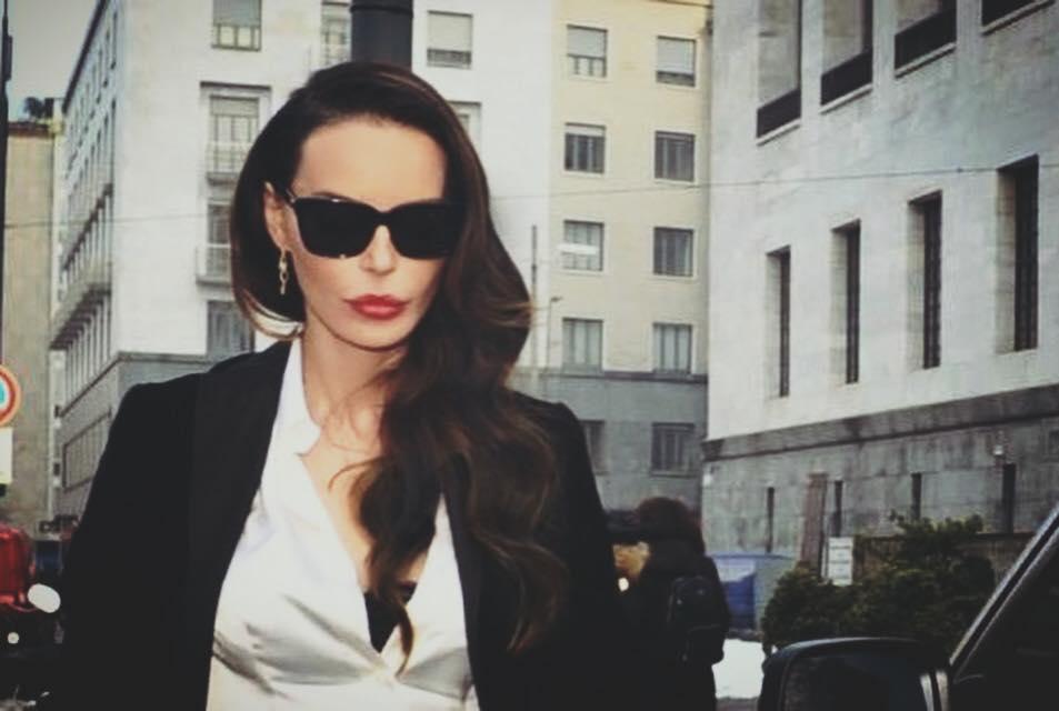 Nina Moric candidatura CasaPound
