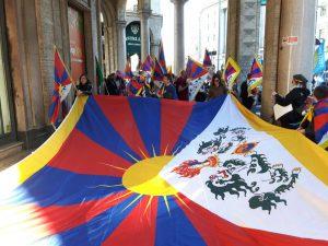 manifestazione proTibet a Milano