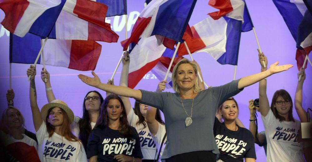 Marine Le Pen Whirpool Macron