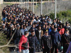 invasione immigrati sostituzione