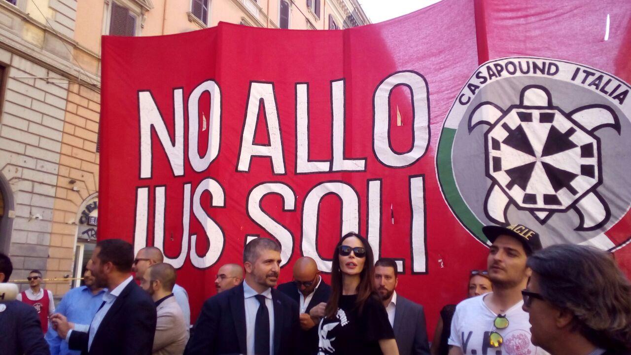 Roma, CasaPound di nuovo in piazza per dire