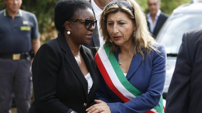 Incoronata da Renzi, rinnegata da Lampedusa. Nicolini non ce l'ha fatta