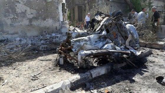 Siria, tre autobomba esplodono a Damasco