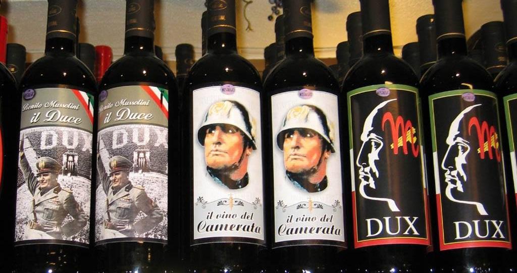 Chioggia, il prefetto di Venezia: via i cartelli pro-fascismo