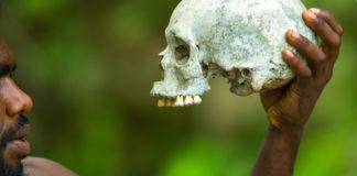 cannibalismo stregone sudafrica