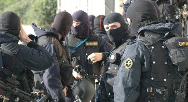 terrorismo carabinieri gis