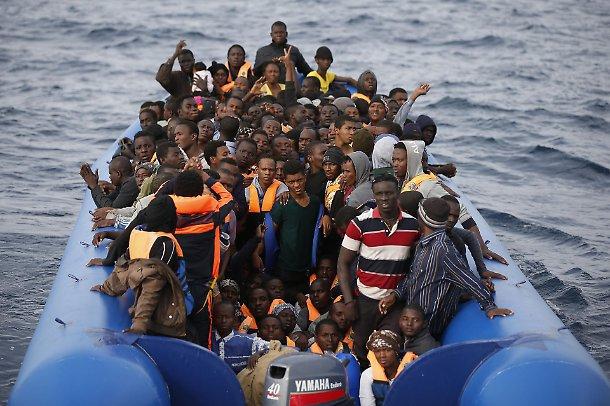 estate sbarchi immigrati sicilia