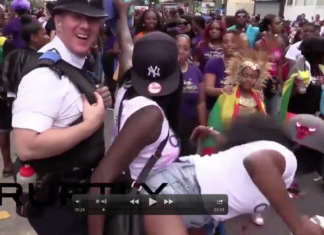 polizia inglese twerking balli gay pride