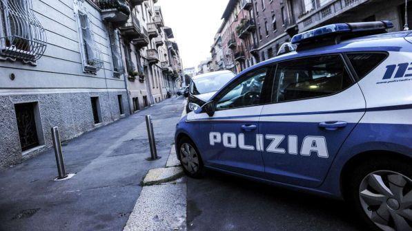 Vendevano permessi di soggiorno. Sette poliziotti arrestati a Milano