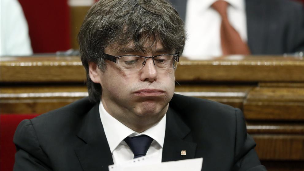 Catalogna, scatta mandato d'arresto europeo per Carles Puigdemont