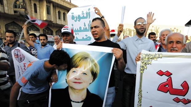EsteriPrimo Piano      Germania ecco l'accoglienza della Merkel il 43% dei profughi è finto minorenne                   Di La Redazione-        12 gennaio 2018       130