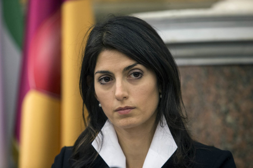 Virginia Raggi antifascismo razzimso razza manifesto vie rinominate