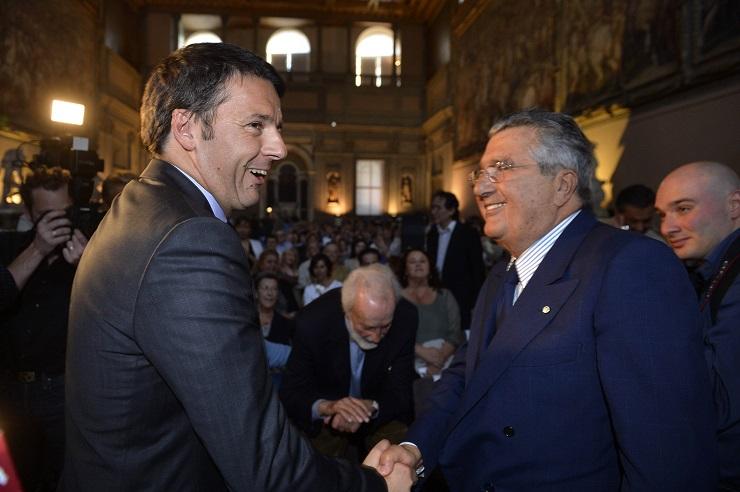 Riforma Pop: De Benedetti parlò con Renzi. Procura archivia il caso
