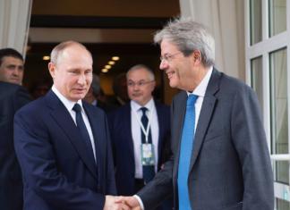 Putin Gentiloni diplomatici espulsi