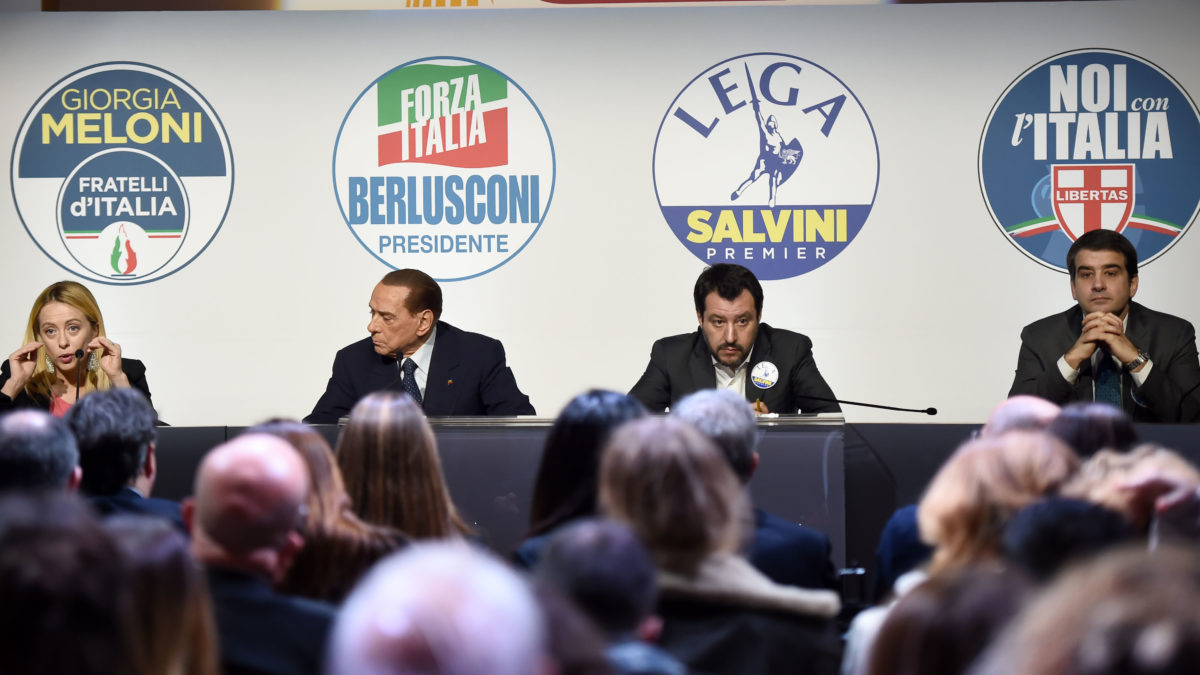 Berlusconi: Lega rompe coalizione e svela accordo governo coi 5 Stelle