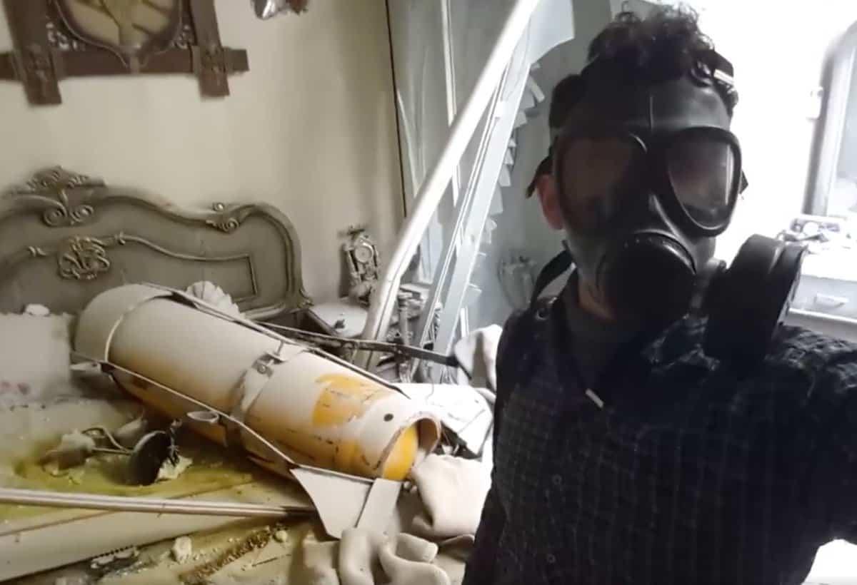 Siria, scoperta fosse comune a Duma: