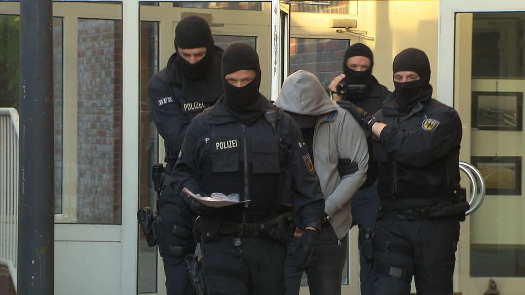 Retata contro rete di scafisti in Germania