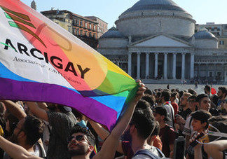 sindaci gay pride
