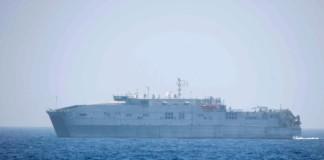Nave Usa butta 12 cadaveri immigrati in mare