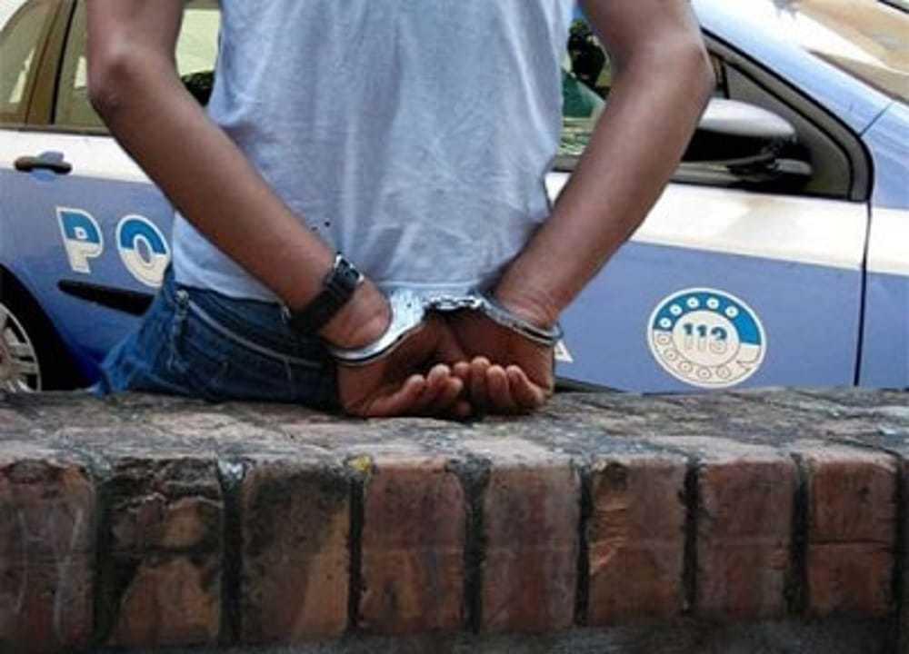 arrestati per droga richiedenti asilo africani