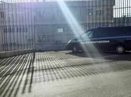 rissa immigrati messa carcere