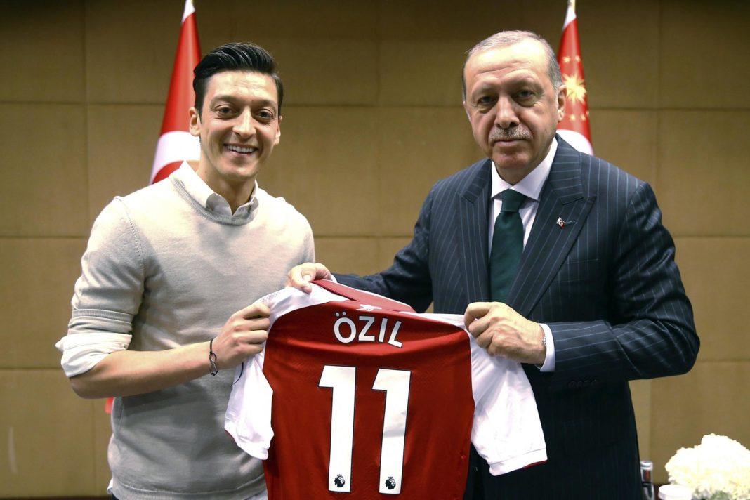 Özil lascia la Nazionale tedesca