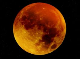 eclissi lunare luna di sangue