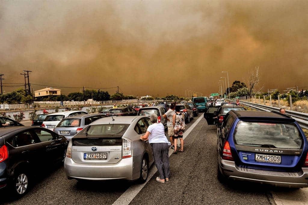 incendi grecia atene europa