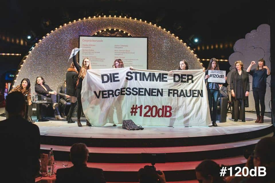 120 decibel donne tedesche contro violenze immigrati