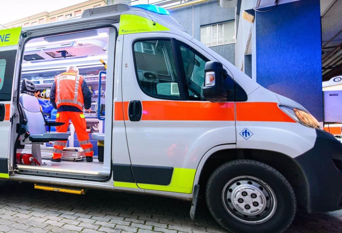 Perugia,il cellulare appoggiato sul letto esplode: neonata rischia di morire