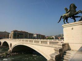 ponte della vittoria architettura fascista