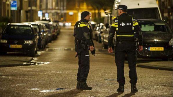Olanda: 7 persone arrestate perchè preparavano un attentato