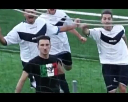 Saluto romano Marzabotto calciatore